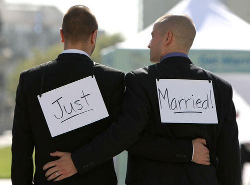 Gay-wedding-04